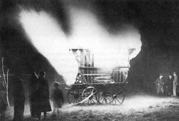 Der Wagen eines Verstorbenen wird verbrannt (England)